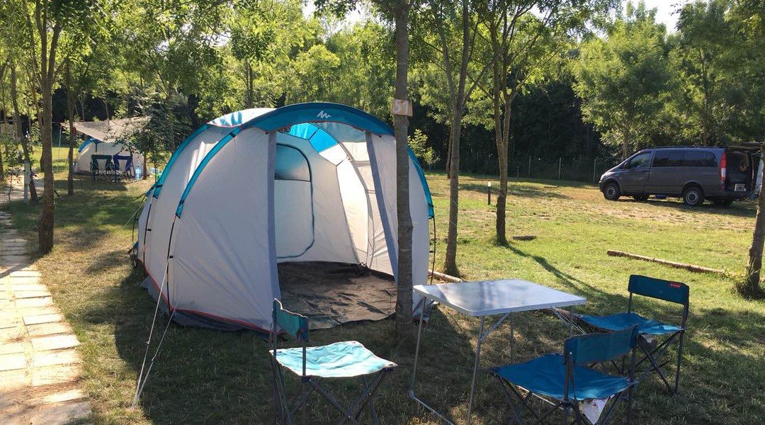 magazin livrare gratuita sosiri noi Camping Shkorpilovtsi - camping.info